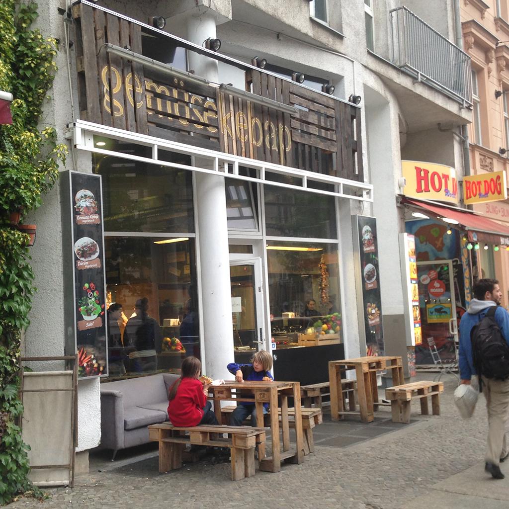 gemuese-kebab-outside